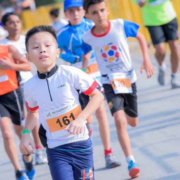 run_kids_boys_group-running-1-983